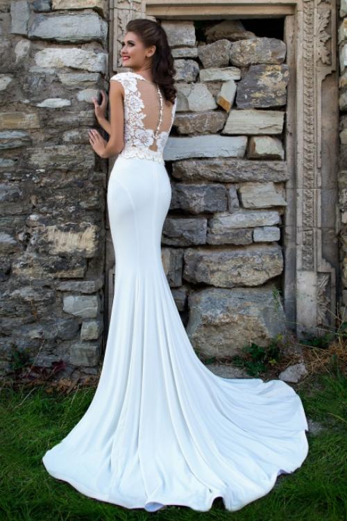 Dvojdielne svadobné šaty s čipkou