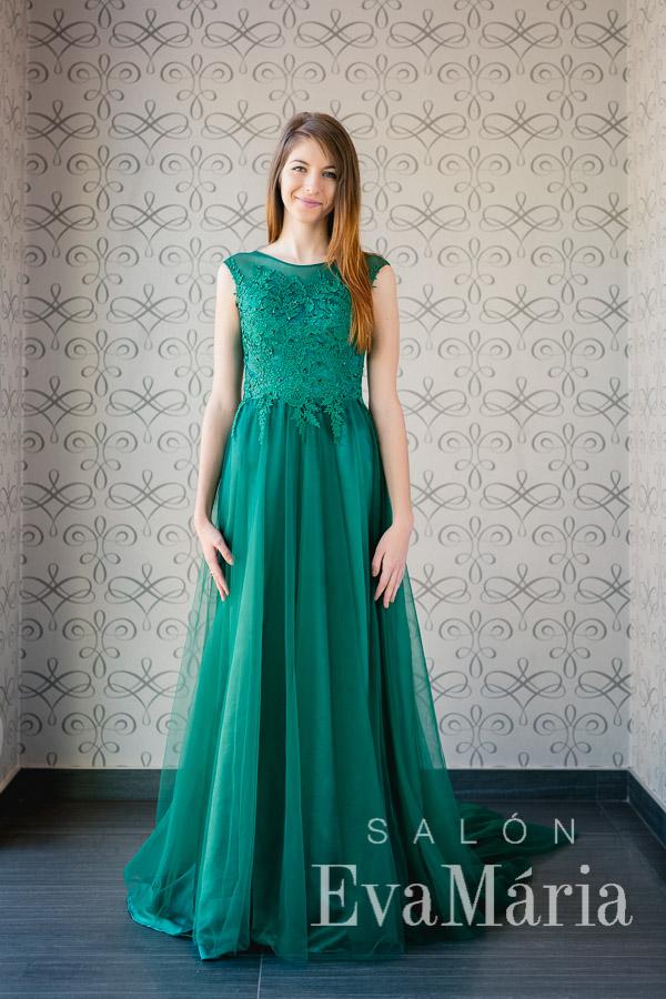 Zelené šaty na ples