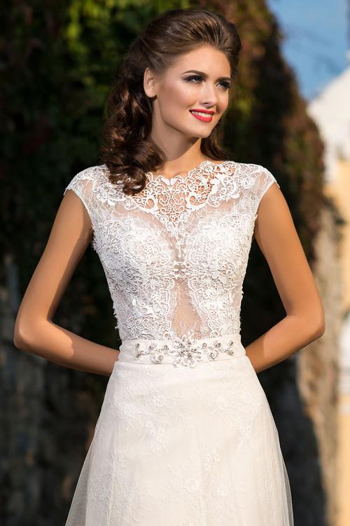 Svadobné šaty s ilúziou nahoty