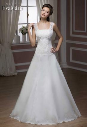 Svadobné šaty so štvorcovým výstrihom